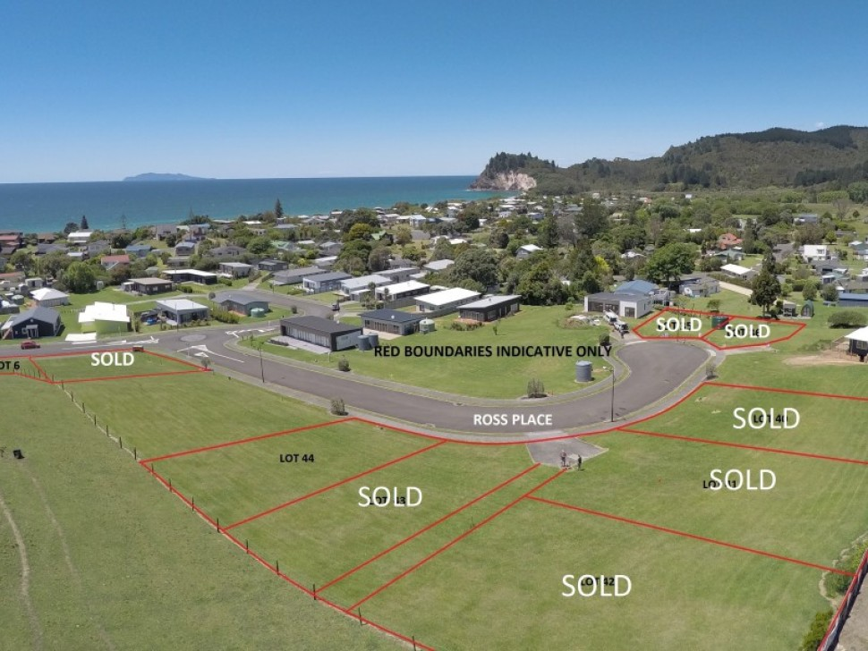6,43,44 Dolphin Dr and Ross Pl, Whiritoa,